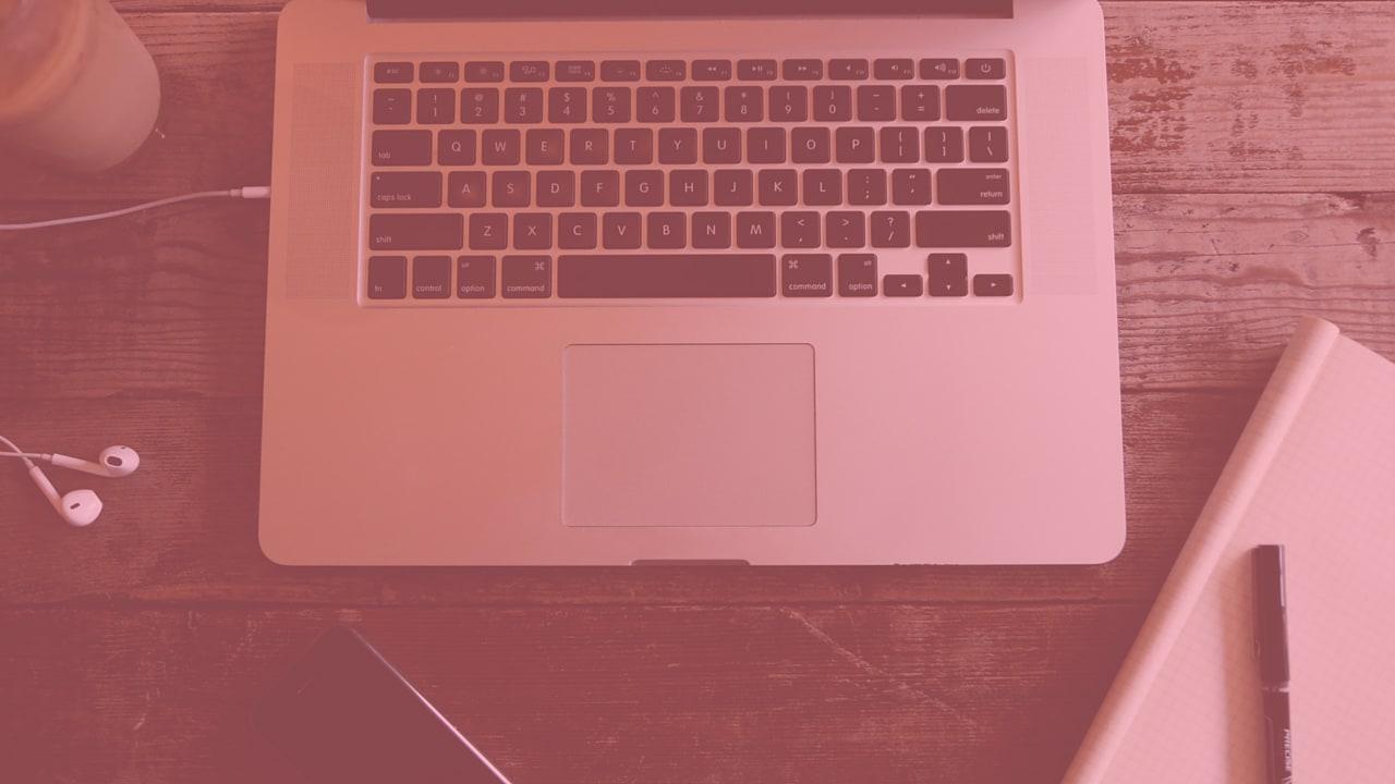 Life Hacks: 5 Internet Dating Hacks for Women